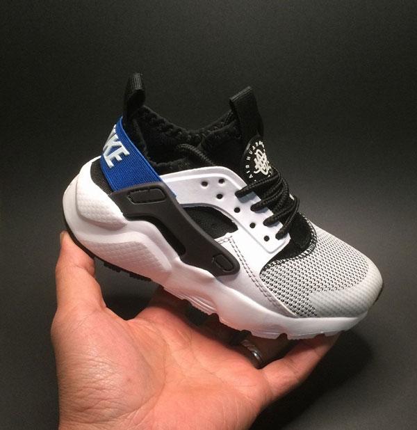 Foto zapatillas Nike niños