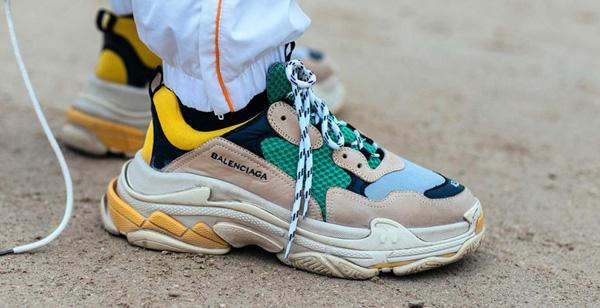 Ejemplo Chunky Sneaker por Balenciaga