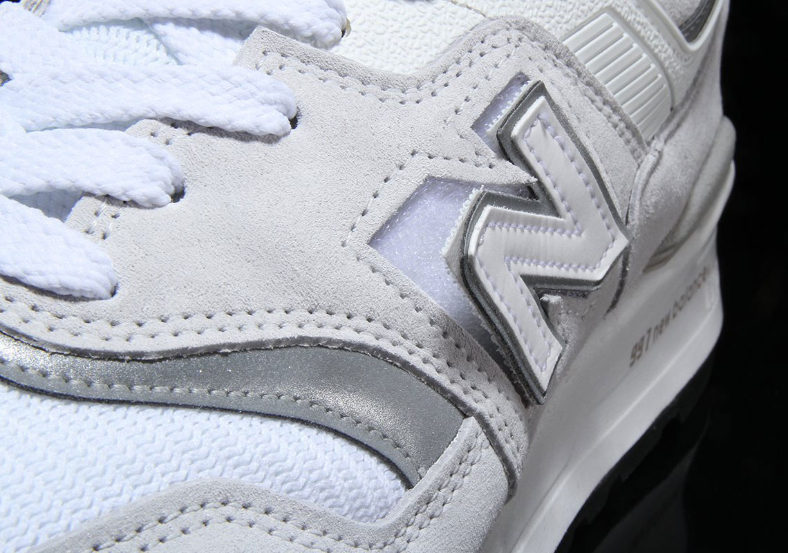 Logo intercambiable de New Balance 997H